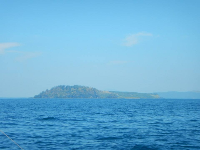 Boat ride to Penitan Bay