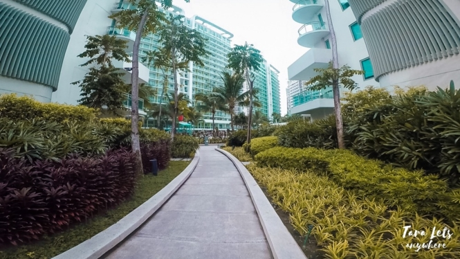 Azure Urban Resort Residences pathway
