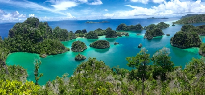 Pianemo Islands, Raja Ampat, Indonesia