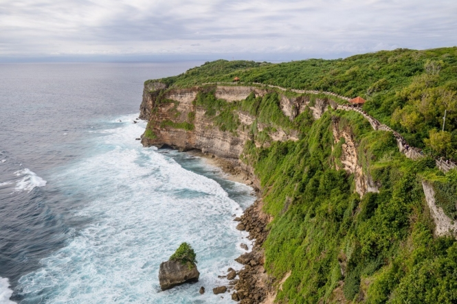 Cliff view from Uluwatu Temple