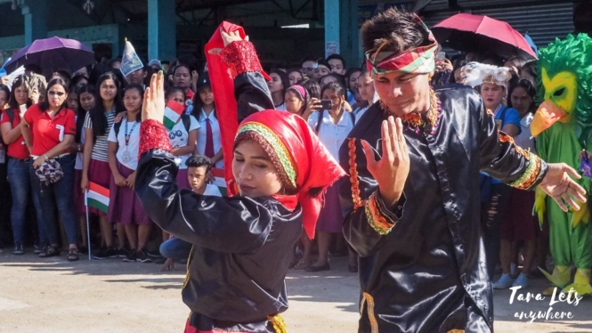 Traditional dance in Siay