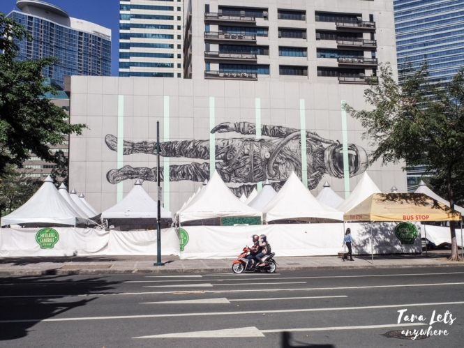 Graffiti in Icon Plaza. BGC