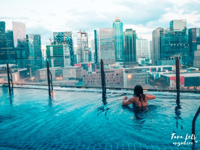 Sunset at Icon Plaza BGC infinity pool