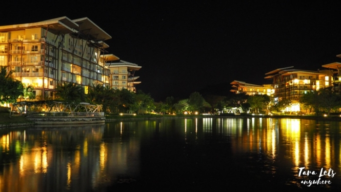 Pico de Loro Beach and Country club at night