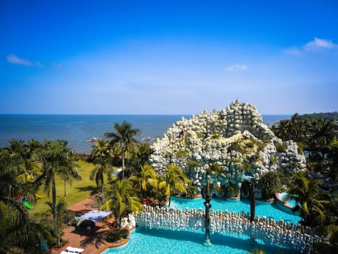 Best resorts in Cavite - Tanza Oasis Hotel and Resort