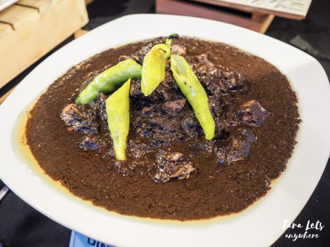 Filipino foods you need to try - dinuguan