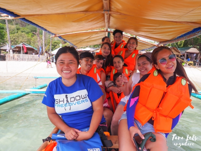 Island hopping tour in Papaya Island Cove
