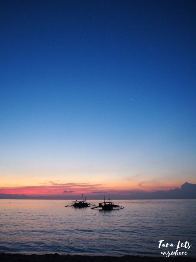 Sunrise in Apo Reef, Mindoro