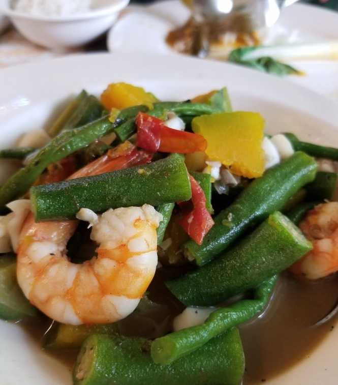 Things to do in Palawan - eat local food in Kalui restaurant