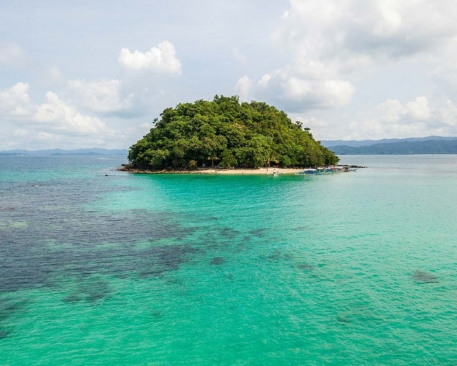 Things to do in Palawan - visit beaches in San Vicente