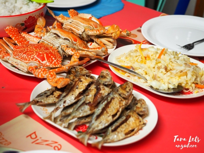 Seafood meal at Ate Sidang's house