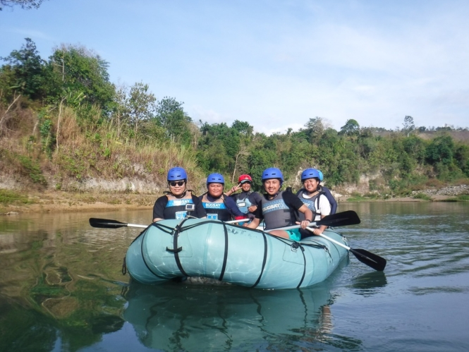 Group shot in Cagayan River