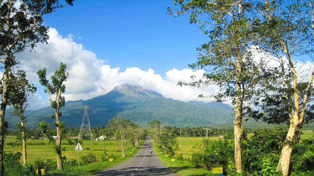 Road with view of Mount Bulusan in Sorsogon