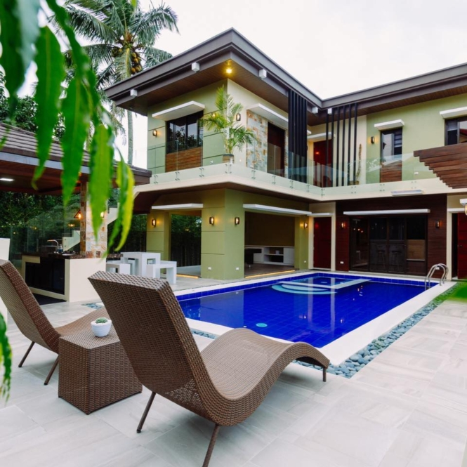Private resorts in Tagaytay - The Suite Life